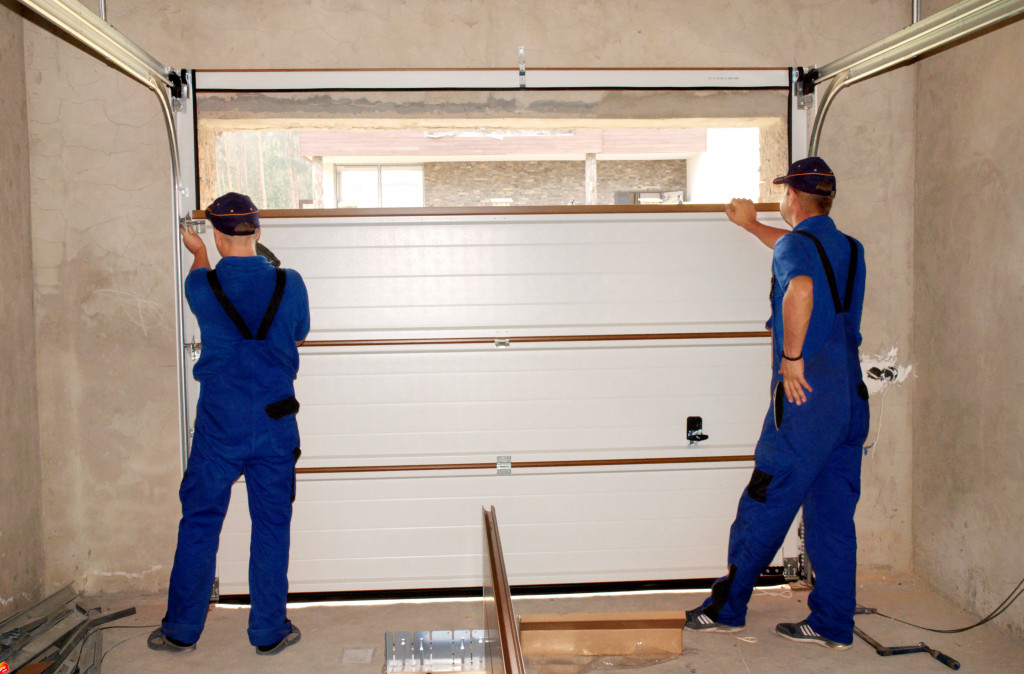 A Simple Guide to Giving Your Garage a Makeover