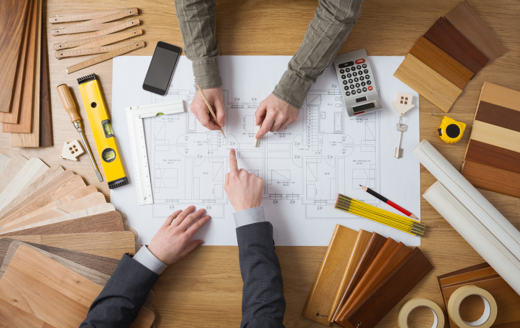 contractor planning out work
