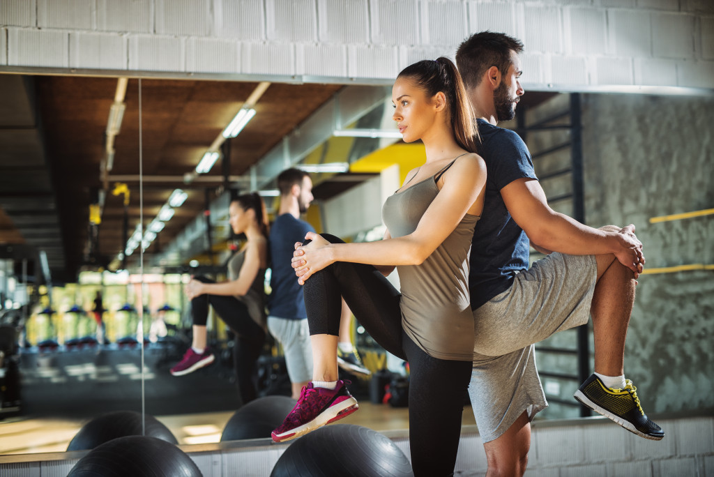 exercising with partner